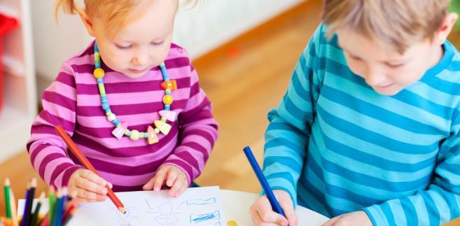 W sali zabaw dziecko może ponieść szkody zarówno na ciele, jak i majątkowe, np. w przypadku kradzieży zabawek lub zniszczenia ubrań