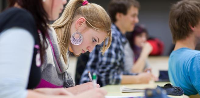 Na maturze w 2015 r. uczniowie nie będą już przygotowywać prezentacji z języka polskiego.
