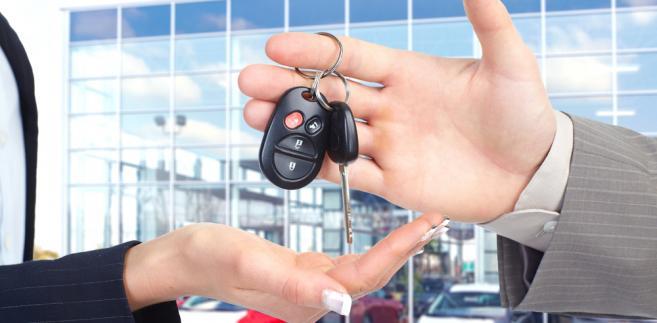 Eksperci mają problem z jednoznaczną oceną sytuacji na rynku motoryzacyjnym.