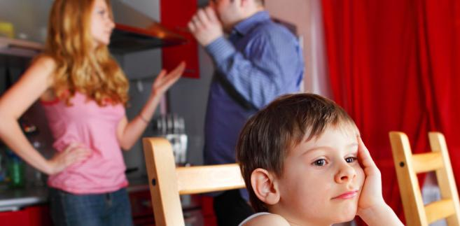 By zapewnić dziecku pieniądze na życie, warto działać już w trakcie sprawy o alimenty