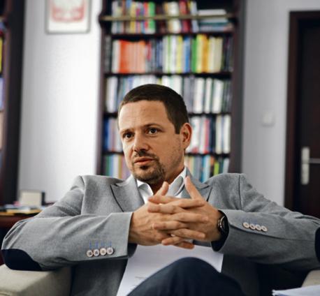 Rafał Trzaskowski, minister administracji i cyfryzacji