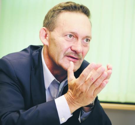 Edward Zalewski, odchodzący przewodniczący Krajowej Rady Prokuratury, w KRP zasiadał od 2010 r. jako przedstawiciel głowy państwa. Prezydenta Andrzeja Dudę ma reprezentować Dariusz Barski
