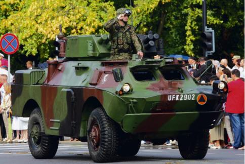 Gra toczy się o wyremontowanie 70 transporterów BRDM