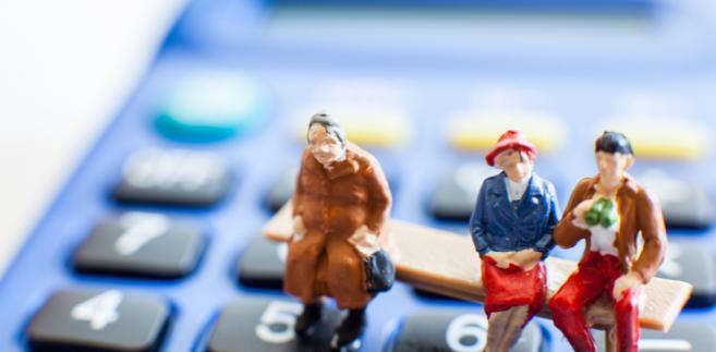 Tysiąc złotych dla emerytów ze świadczeniami minimalnymi