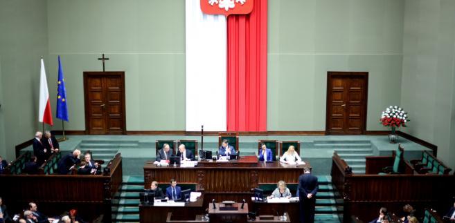 Sala obrad podczas posiedzenia Sejmu,