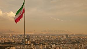 Irańska władza ma mocno ambiwalentny stosunek do komunikatorów społecznościowych