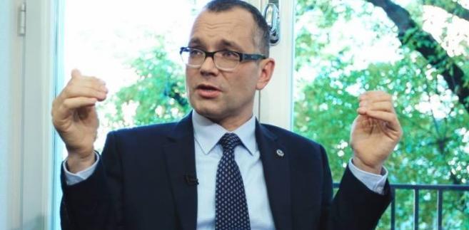 adw. Mikołaj Pietrzak