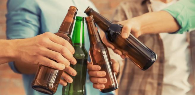Mniej piwa w telewizji od Nowego Roku. Ucierpią nie tylko browary