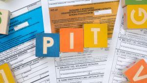 Paweł Kobyliński z Nowoczesnej powiedział przestawiając projekt podczas pierwszego czytania, że filary proponowanej zmiany to: stawka PIT w wysokości 15 proc., zwiększona amortyzacja i wydłużenie rozliczenia straty podatkowej.