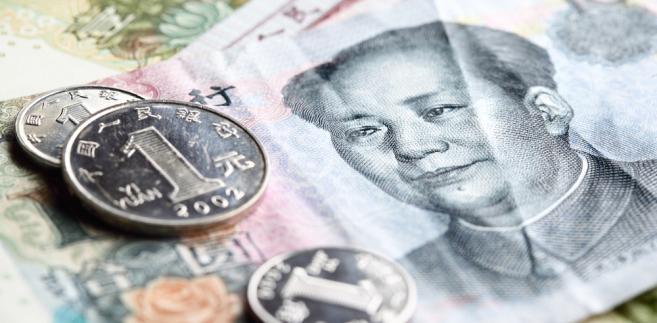 Juan jest bardziej obecny w koszyku walutowym SDR nadzorowanym przez Międzynarodowy Fundusz Walutowy. Chińska waluta zajmuje tam 11 proc., od września ub.r. jest piątą walutą koszyka wraz z dolarem, jenem, funtem brytyjskim i euro.