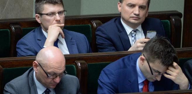 Minister sprawiedliwości Zbigniew Ziobro i wiceminister sprawiedliwości Marcin Warchoł