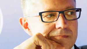 Robert Tomanek, profesor w Katedrze Transportu Uniwersytetu Ekonomicznego w Katowicach, od 2016r. rektor
