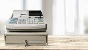 Eksperci nie wiedzą też, jaką kwotę kantory mają nabijać na kasie.