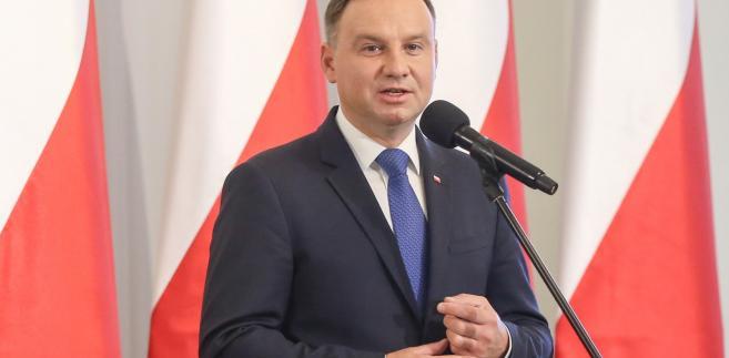 Skonfliktowane z rządem samorządy zwracają się ku prezydentowi Andrzejowi Dudzie jako naturalnemu sojusznikowi.