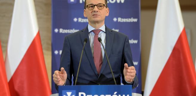 Premier Mateusz Morawiecki podczas spotkania z mieszkańcami w Podkarpackim Urzędzie Marszałkowskim w Rzeszowie.