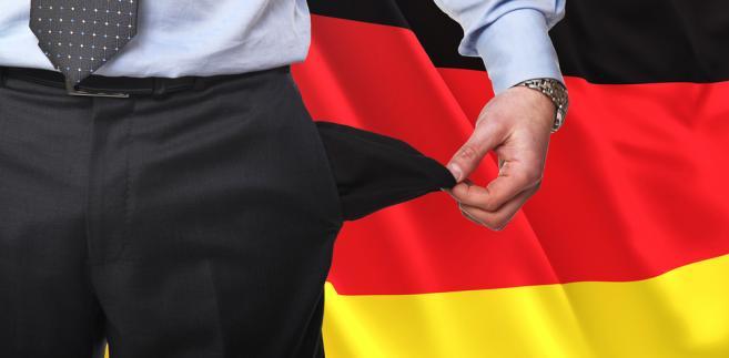 Ze wstępnych szacunków niemieckiego biura statystycznego wynika, że największa europejska gospodarka odnotowała w IV kwartale 0,5-proc. recesję