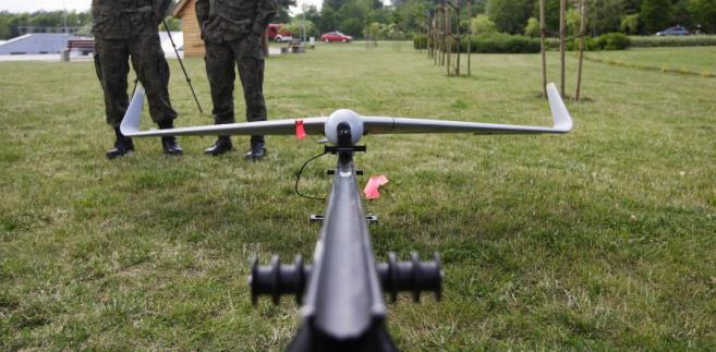 Samolot bezzałogowy dron