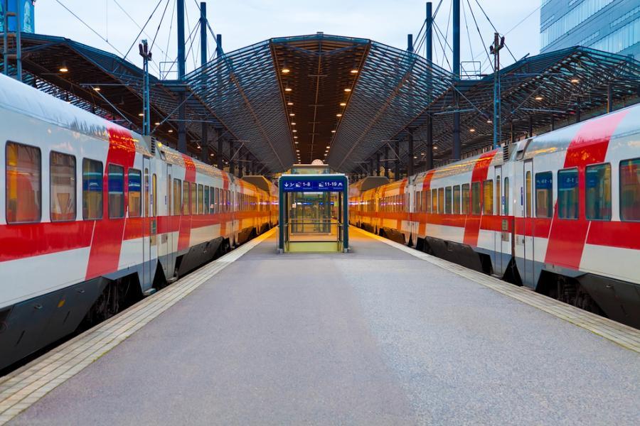 kolej, peron, pociąg