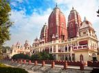7. miejsce: Delhi i New Delhi – indyjskie miasto zamieszkiwane przez ponad 11 mln mieszkańców. Choć samo miasto jest zatłoczone i bywa męczące, warto je odwiedzić ze względu na ogromną ilość zabytków, które można podziwiać. Do najważniejszych należą: Czerwony Fort, Grobowiec Humajuna, Kutb Minar, świątynia Lotosu oraz Meczet Dżami Masadżid. Dzienny koszt pobytu w Delhi można zamknąć w kwocie 19,60 USD.