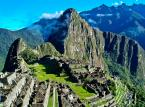 Machu Picchu zostało uznane za największą atrakcję turystyczną na świecie. Jest to najlepiej zachowane miasto Inków, w odległości 112 km od Cuzco. Położone jest na wysokości 2090-2400 m n.p.m., na przełęczy pomiędzy Wayna Picchu i Machu Picchu w Andach Peruwiańskich. Miasto zbudowano według kompleksowo opracowanych planów w II połowie XV wieku podczas panowania jednego z najwybitniejszych władców Pachacuti Inca Yupanqui.
