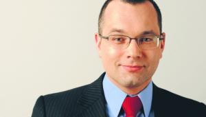 Mikołaj Pietrzak, adwokat, przewodniczący komisji praw człowieka przy Naczelnej Radzie Adwokackiej, reprezentuje Abd al-Rahima al-Nasziriego w polskim śledztwie i w postępowaniu przed Europejskim Trybunałem Praw Człowieka w sprawie dotyczącej tajnych więzień CIA w Polsce