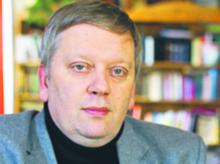 Piotr Ciompa wynajmuje się jako menedżer w średnich i dużych firmach (m.in. w latach 1997–2001 był wiceprezesem Polskiej Agencji Prasowej, był też wiceprezesem spółki notowanej na giełdzie). W Instytucie Spraw Obywatelskich w Łodzi prowadzi program monitorowania rad pracowników