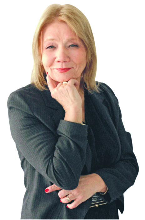 Elżbieta Mączyńska jest profesorem ekonomii i prezesem Polskiego Towarzystwa Ekonomicznego (PTE), wykłada w Szkole Głównej Handlowej
