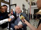 Były prezydent Lech Wałęsa przybywa do Sejmu przed rozpoczęciem posiedzenia Zgromadzenia Narodowego.