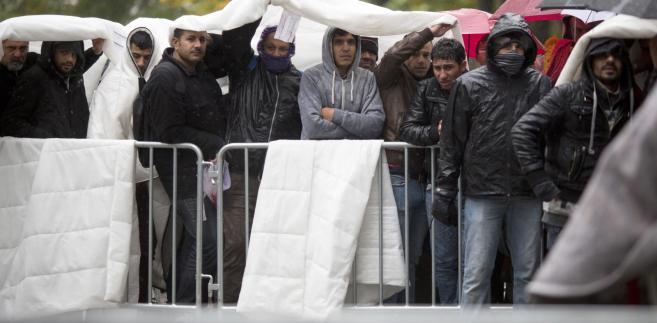 Imigranci w Berlinie czekają na ulokowanie