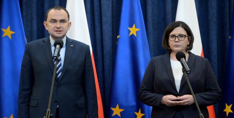 Szefowa prezydenckiej kancelarii Małgorzata Sadurska oraz szef Gabinetu Prezydenta RP Adam Kwiatkowski podczas konferencji prasowej w Pałacu Prezydenckim