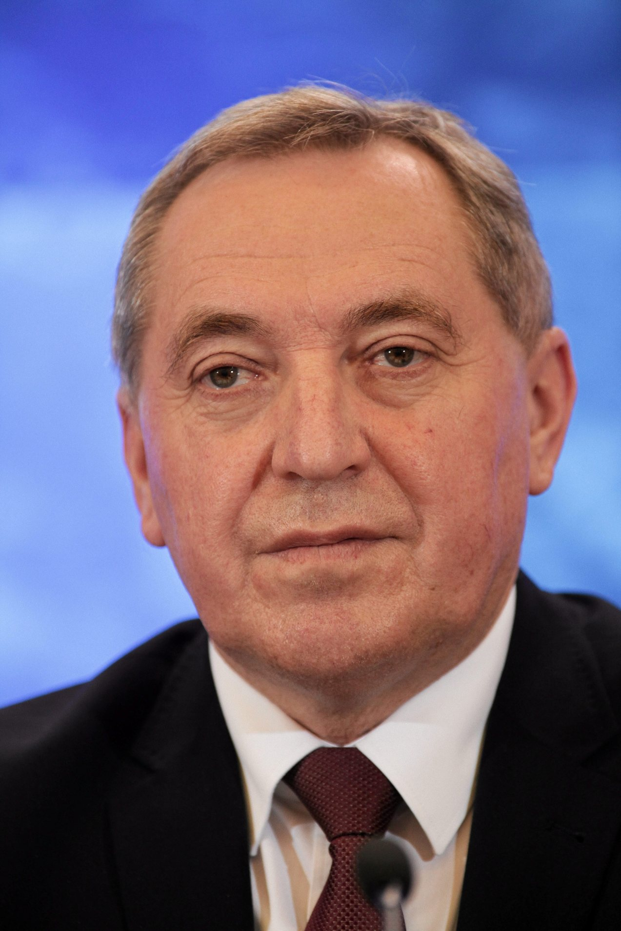 Minister Henryk Kowalczyk ,