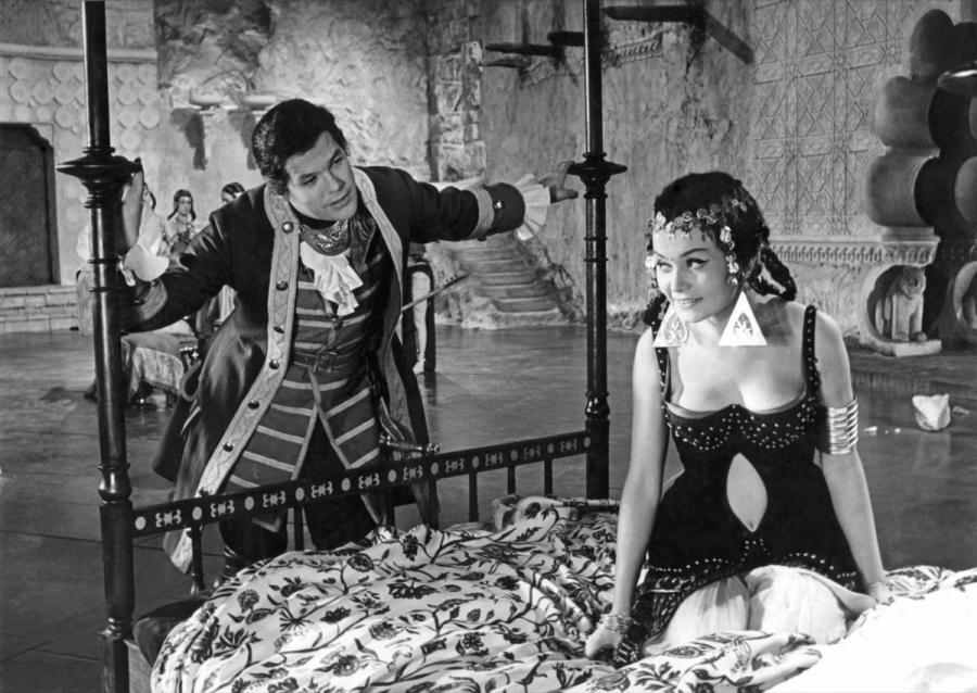 """Zbigniew Cybulski w filmie """"Rękopis znaleziony w Saragossie"""" (1964)"""