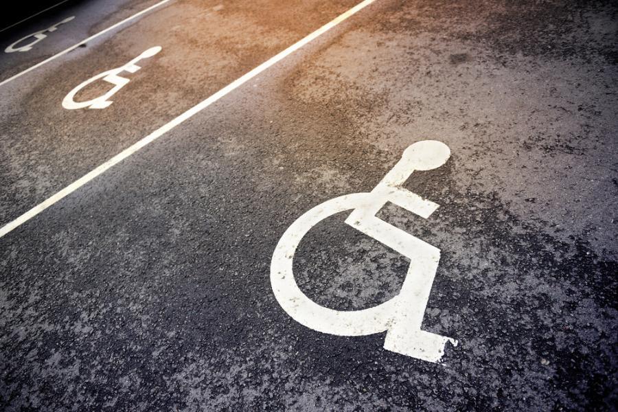 niepełnosprawni inwalida parking koperta