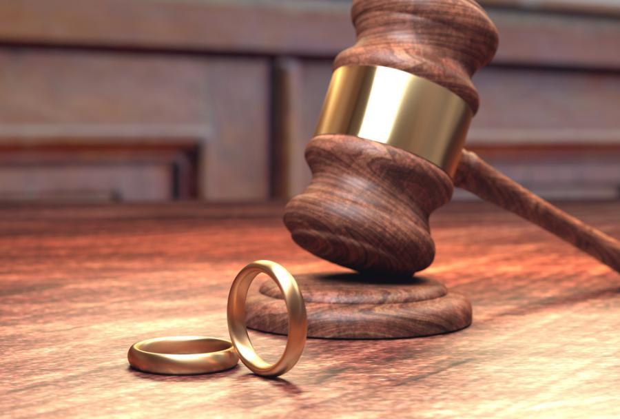 obrączki, rozwód, sąd rodzinny, alimenty