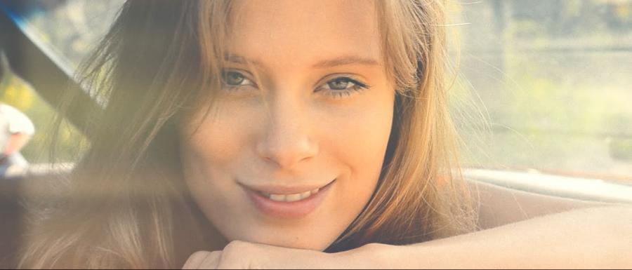 "Julia Pietrucha w teledysku ""Midsummer Day's Dream"""