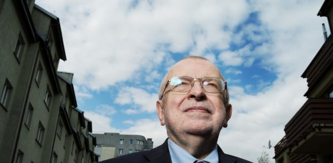 Zbigniew Lewicki, politolog, wykladowca uniwersytecki