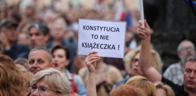 protesty Warszawa