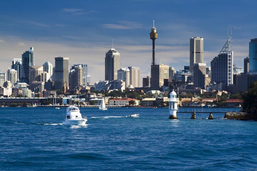 Największym miastem najmniejszego kontynentu - Australii, jest liczace zaledwie 4,5 mln mieszkańców Sydney. Fot. Shutterstock.