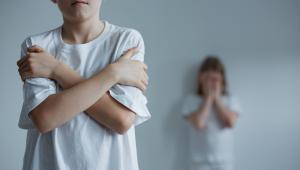 16 proc. nastolatków okaleczało się
