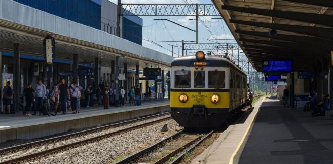 Niemcy: Alarm bombowy w pociągu we Frankfurcie