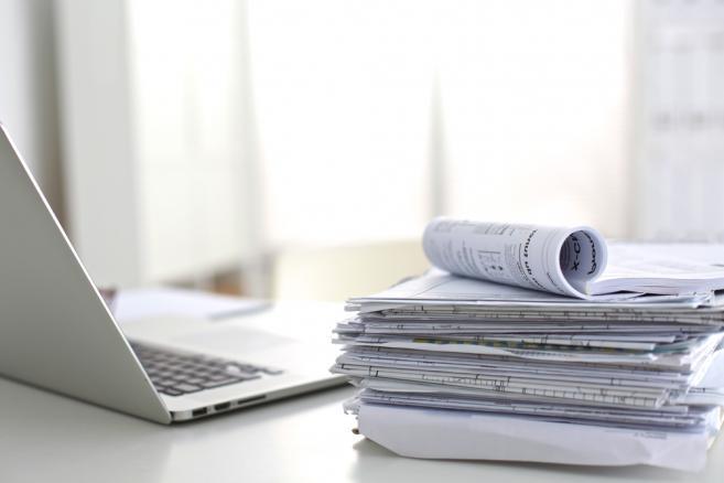 komputer, dokument, firma, rozliczenia, podatki, rachunki