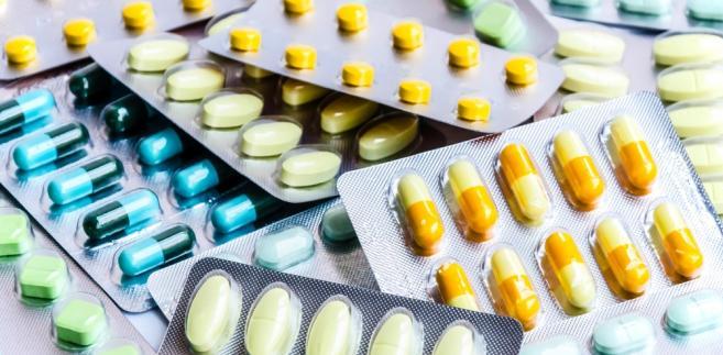 W związku z ustaleniami kontroli, NIK skierowała szereg wniosków o podjęcie działań, w tym legislacyjnych, mających poprawić bezpieczeństwo pacjentów w zakresie farmakoterapii. NIK wskazała m.in. na potrzebę jasnego wskazania, że do obowiązków podmiotu leczniczego należy zapewnienie wszystkich leków, bez względu na to czy dotyczą one schorzeń będących przyczyną pobytu w szpitalu, czy też nie.