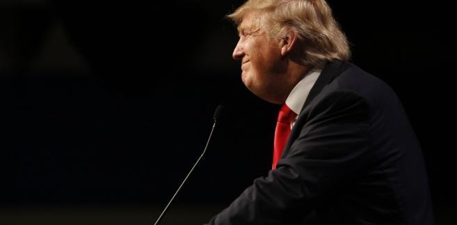 Proces Manaforta, długoletniego czołowego działacza Partii Republikańskiej, jest konsekwencją prowadzonego przez specjalnego prokuratora Roberta Muellera śledztwaDonald Trump