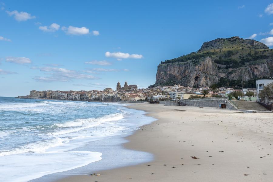 Plaża Cefalù, Sycylia