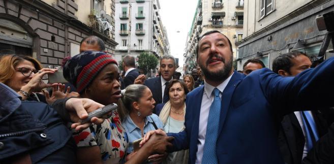 – Włochy są suwerennym państwem, nikt tu nie boi się obelg i gróźb Unii – oświadczył wczoraj wicepremier Włoch Matteo Salvini.