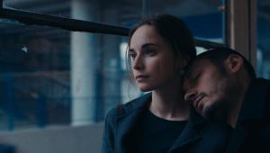 """Film """"Falling"""" w reż. Maryny Stepanskiej opowiada historię młodych ludzi z pokolenia postrewolucyjnej Ukrainy"""