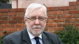 Jerzy Stępień prawnik konstytucjonalista, były prezes TK