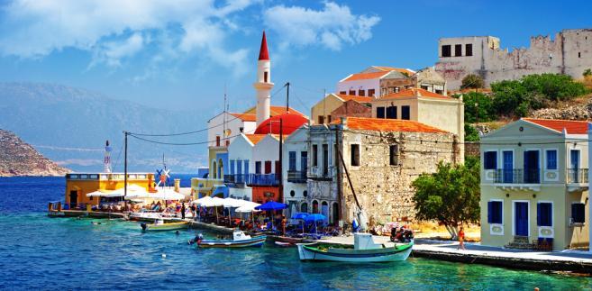 Elegancki apartament o powierzchni 75 m², o wysokim standardzie, zlokalizowany w prestiżowej części znanego kurortu nadmorskiego Kallikratia nad Morzem Egejskim kosztuje 110 tys. euro.