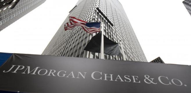 """""""Jest to pierwsza akcja, będąca efektem prac grupy roboczej stworzonej przez prezydenta Baracka Obamę dla analizy powodów finansowego krachu z 2008 r."""" - stwierdza BBC."""