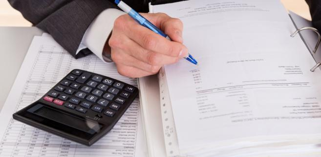 Pobrane w formie potrącenia środki stanowiące wyżej wymienione wynagrodzenie są dochodem jednostki.